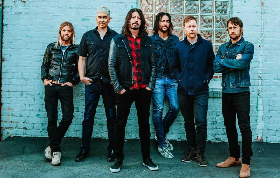 foo_fighters_2017-920x584